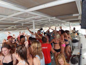 Jugendreisen Blanes - Spanien Costa Brava - Tanzen Partyboot