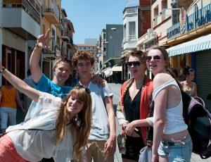 Jugendreisen Calella Spanien Freizeitmöglichkeiten Ausflug Shoppen