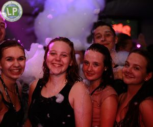 Schaumparty im Life Jugendreisen Partyurlaub Rimini