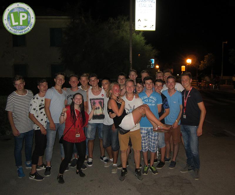 Jugendgruppe Jugendreisen Partyurlaub Rimini