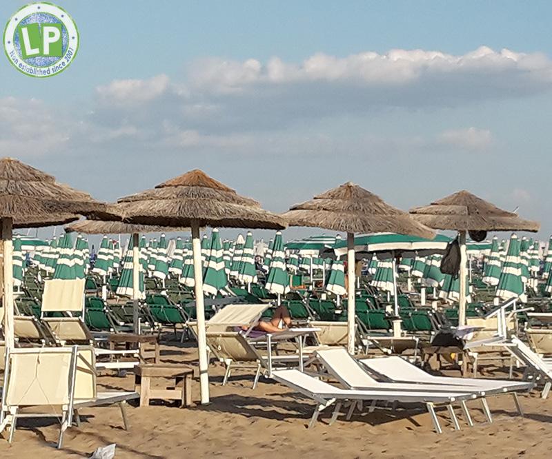 Partyurlaub Rimini Strandbild