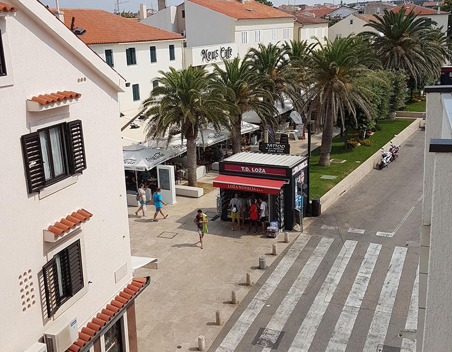 Informationen Jugendreisen Kroatien Novalja Straße zum Busbahnhof