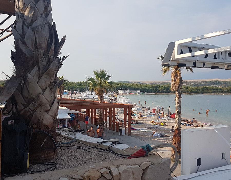 Informationen Zrce Beach Partystrand Novalja in Kroatien Arealbild