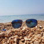 Jugendreisen Novalja Kroatien Informationen Sonnenbrille am Strand