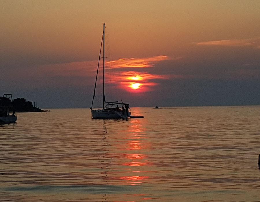Jugendreisen Novalja Kroatien Informationen Sonnenfarben