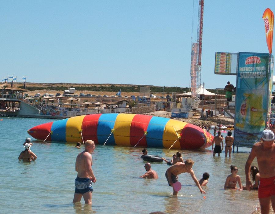 Jugendreisen Novalja Kroatien Informationen Strand am Tag