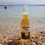 Novalja Zrce Beach Kroatien Corona am Strand