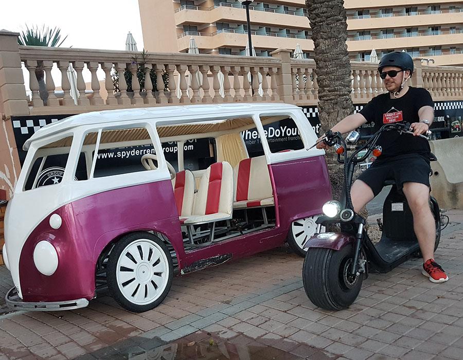 Partyurlaub im September Mallorca E-Roller und Fahrradverleih