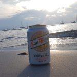 Partyurlaub im September Mallorca -Bierdose bei Sonnenuntergang