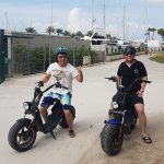 Partyurlaub im September Mallorca - E-Roller am Strand