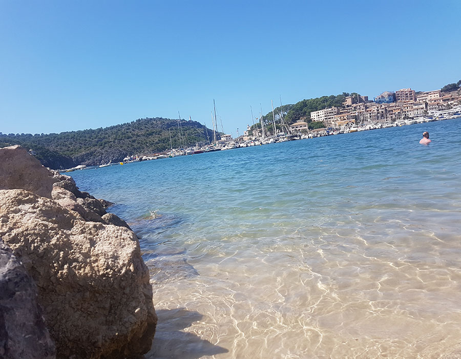 Partyurlaub im September Mallorca Strandbild