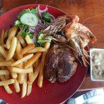 Partyurlaub im September Mallorca - Essen am Strand