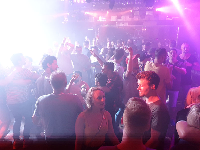 Partyurlaub im September hier im Club Bolero in Cala Ratjada auf Mallorca