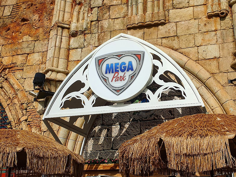 Schild vom Megapark am El Arenal September 2019 Mallorca