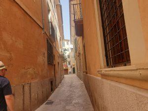 Typische Gassen von Palma auf Mallorca Innenstadt