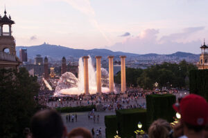 Jugendreisen Barcelona Tagesausflug Sehenswürdigkeit Font Magica