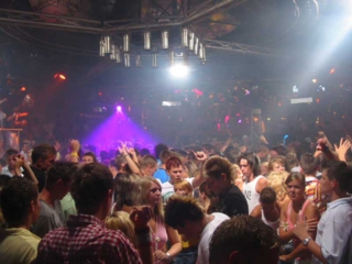Partyurlaub Lloret de Mar - Bekannte Clubs Revolution