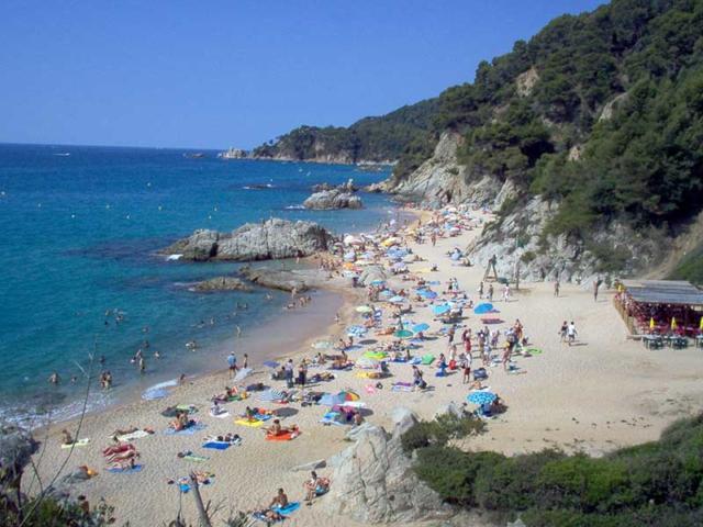 Strände in Lloret de Mar - die Bucht Cala Boadella